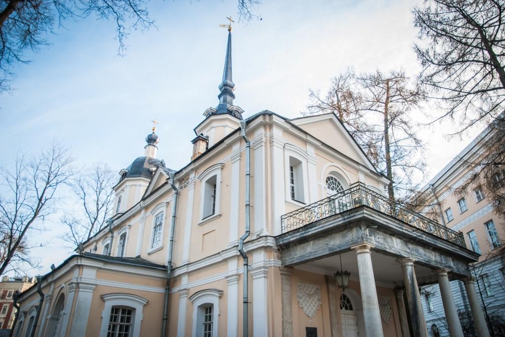 Храмы Царского: Знаменская церковь